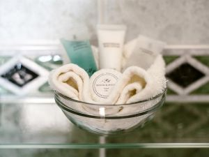 Gallery-bathroom-toiletries.jpg